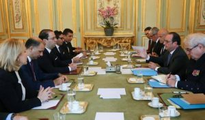 youssef-chahed-francois-hollande-paris