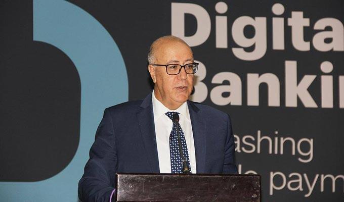 Depuis quelques temps, Marouane El Abassi, le gouverneur de la Banque centrale de Tunisie (BCT), ne rate aucune sortie en public sans parler du Decashing et de ses bienfaits. Il est allé jusqu'à déclarer que la BCT est en avance sur sujet en ce sens où el
